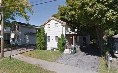 party houses in rochester ny 6 people shot 2 fatally at rochester house party ny daily news