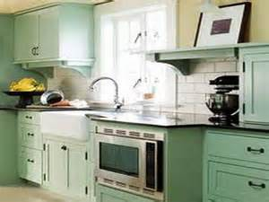 Tiny Galley Kitchen Designs by 14 Photos And Inspiration Small Galley Kitchen Ideas