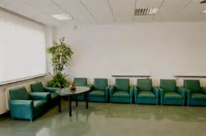 waiting room 5 ways to improve the hospital waiting room experience