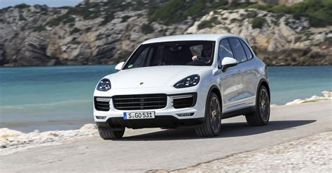 porsche cayenne 2015 2015 porsche cayenne pricing and specifications photos