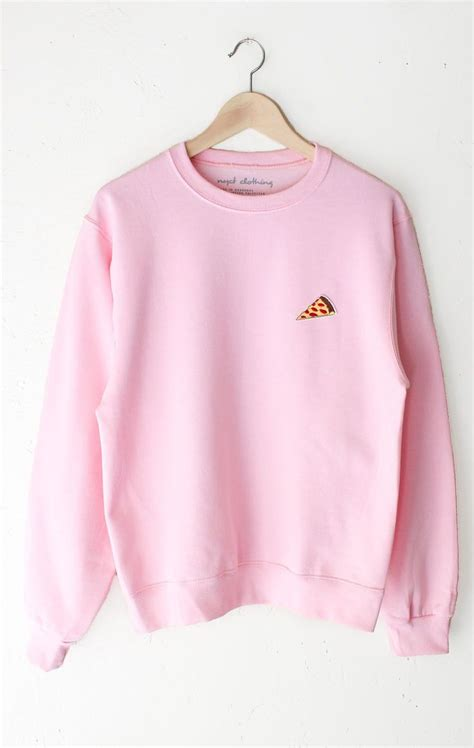 pink sweater best 25 pink sweater ideas on pink jumper