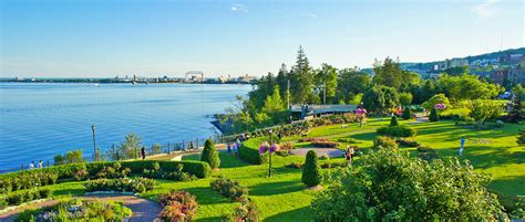 duluth mn hotels lodging canal park inn  lake superior