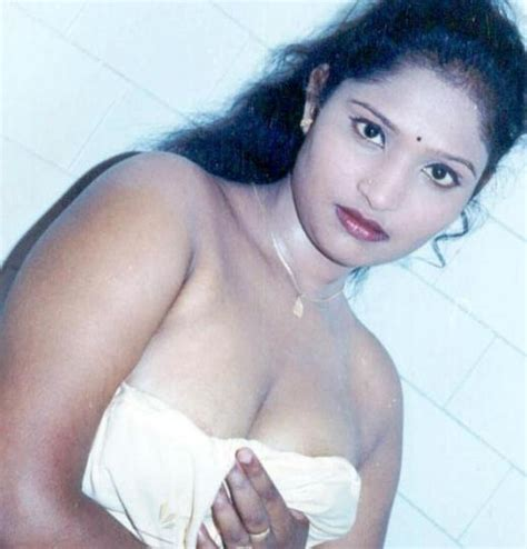telugu aunty boothu bommalu telugu vallaku boothu kathalu march 2011midnight india
