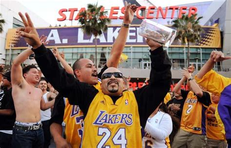 best gifts for lakers fans los angeles lakers grill and tailgating accessories and gifts