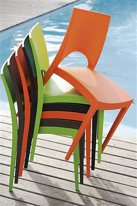 chaise de jardin plastique vert quel mobilier de jardin galerie photos d article 12 32
