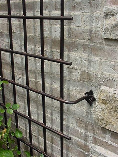 Metal Garden Arbors And Trellises Foter Garden Garden Wall Trellis Metal