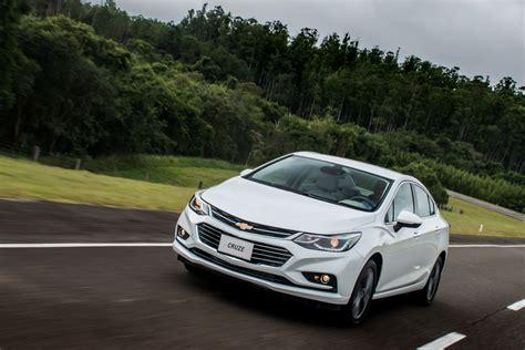 Chevrolet Spin 1 2l Lt Mt presentaron el nuevo chevrolet cruze 4p 1 4 turbo lt mt