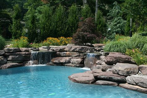 Rectangular Swimming Pools Vs Lagoon Style Pools Lagoon Swimming Pool Designs