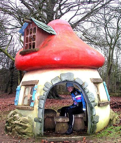 Smurf House by Real Smurf House Www Pixshark Images Galleries