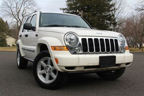 Jeep Liberty 06 Purchase Used 06 2005 Jeep Liberty 4x4 3 7l V6 Limited