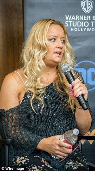 lucy davis now the office s lucy davis looks happy after beating bulimia