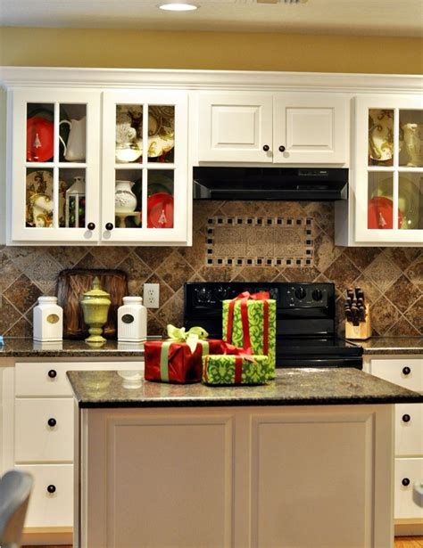 kitchen accessories decorating ideas 40 cozy christmas kitchen d 233 cor ideas digsdigs