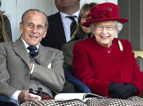 Queen Elizabeth's Gift to Prince Philip on 70th Wedding