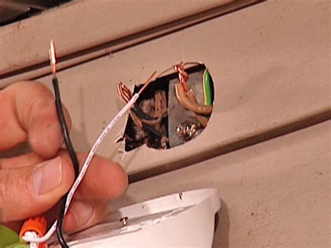 How To Install Outdoor Security Lighting Install A Security Light How Tos Diy