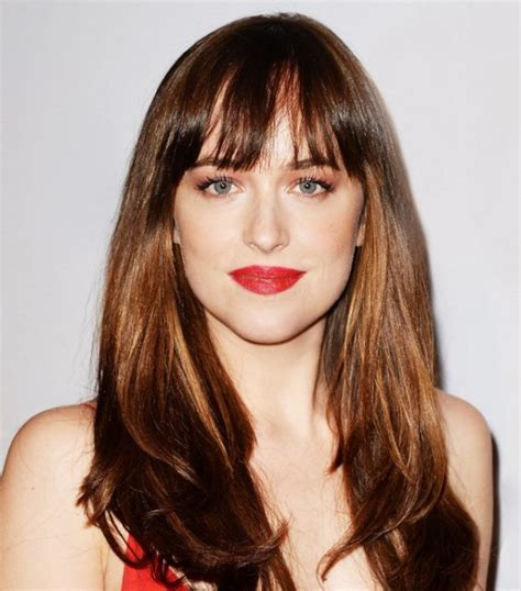 dakota johnson hairstyles and face shape 24 trendy women haircuts with a fringe to try styleoholic