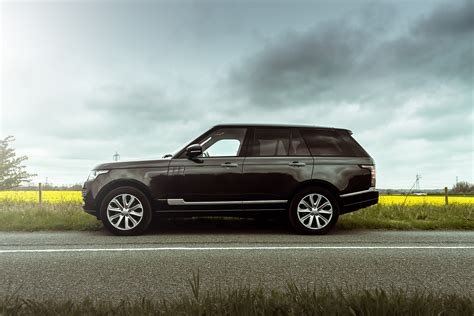 range rover cing king of comfort the range rover vogue se mr goodlife