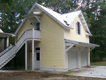 craftsman style  car garage plans   studio upstairs