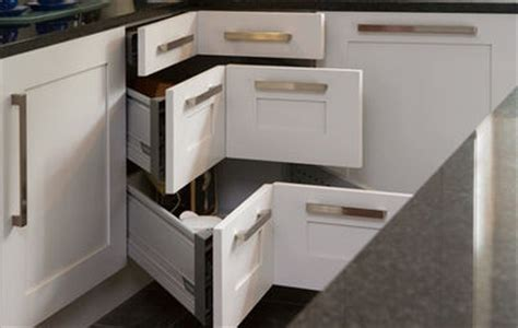kitchen drawers vs cabinets dishes in drawers vs cabinets
