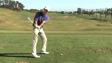 swing to the right golf tip how to improve your golf swing with the right
