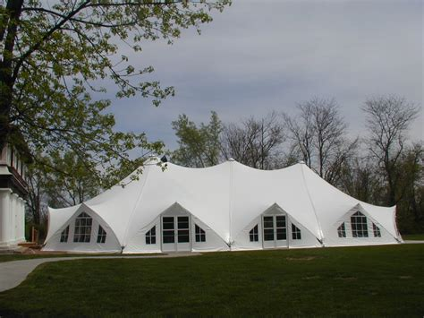 Types of Wedding Tents ~ Unique Wedding Ideas and