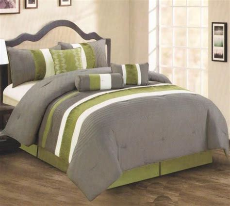 7 piece king size bedroom sets 17 best images about quite comfy on pinterest