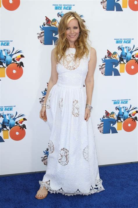 leslie mann rio leslie mann chats with momtastic about parenting and her