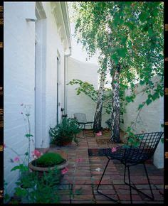 1000 ideas about small courtyard gardens on pinterest courtyard gardens small courtyards and 1000 images about courtyard overhaul ideas on pinterest