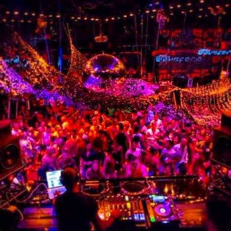 top 100 bars in the world the top 100 clubs in the world part 2 gloholiday