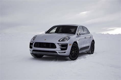 macan porsche 2017 2017 porsche macan gts first test review motor trend