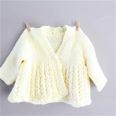 Sweater Giraffes White Putih 1 shop crochet baby sweater on wanelo