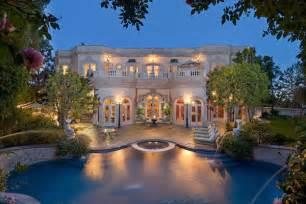 Art Deco Chandelier For Sale Ultra Luxury Villa In Beverly Hills Luxury Topics Luxury