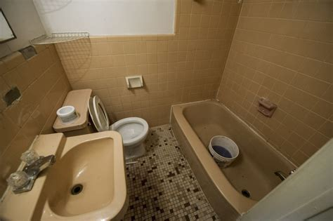 rocco bathroom luka magnotta s montreal apartment rented one year after