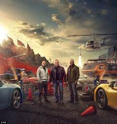 top gear valentines matt leblanc poses with top gear co hosts in promo