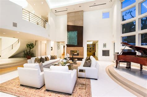 contemporary luxury homes contemporary luxury home in los angeles idesignarch