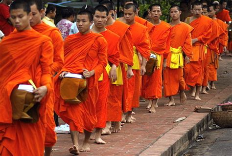 buddhism religious holidays