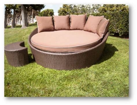 round outdoor chaise lounge westhaven round chaise by leisure select