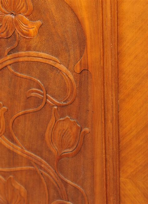etagere jugendstil jugendstil vertiko etagere nussbaum antik im hof