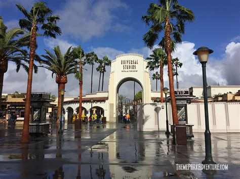 universal hollywood news universal studios hollywood at a glance lunar new year