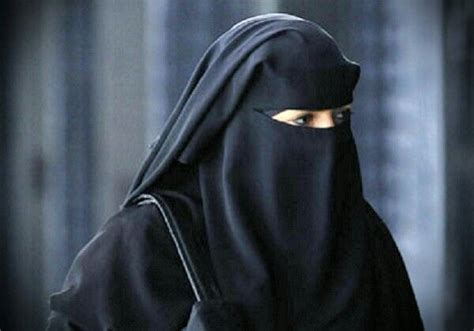 Niqab Butterfly Ala Yaman 1000 images about muslimah on black abaya allah and simple henna