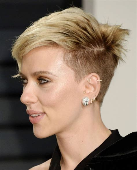 why scarlett johansson cut hair 1855 best images about hair on pinterest short pixie