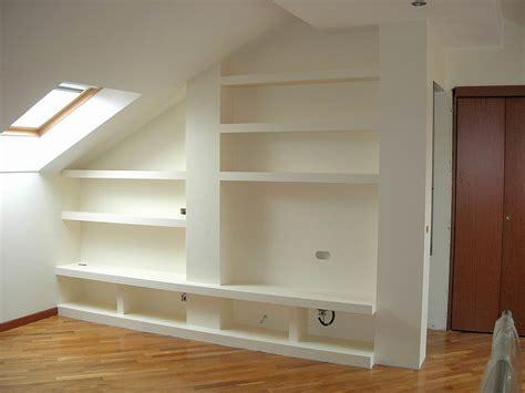 costruire libreria in cartongesso come costruire una parete in cartongesso infoperte