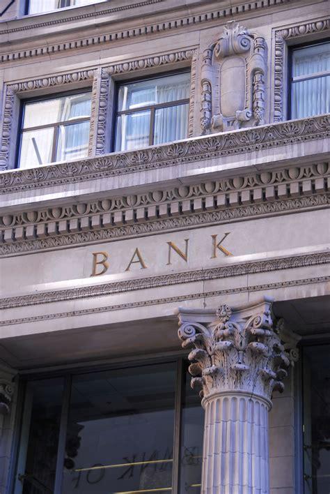 my bank should i my bank account before i file bankruptcy