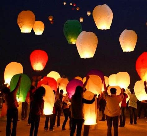 Wedding Wishes Lanterns by Top 25 Best Sky Lanterns Ideas On Floating