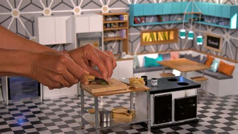 Real Working Miniature Kitchen by Tiny Kitchen Chefs Make Real Food In Mini Sizes