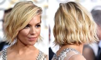 how to style a wob hairstyle sienna miller s wavy bob hairstyle at the golden globes
