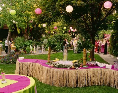hawaiian themed backyard hawaiian party decorations