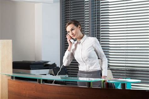 What Is Front Desk Receptionist by Receptionist Cover Letter Exle