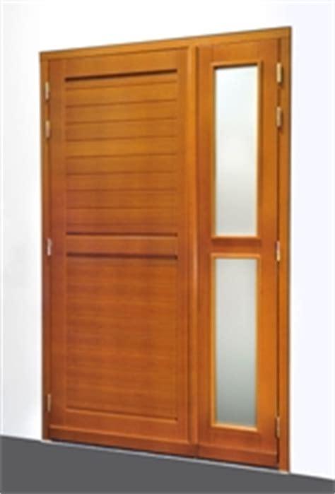 les blocs portes de service en bois