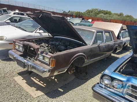 how does a cars engine work 1991 lincoln continental mark vii head up blog post junkyard therapy 1989 lincoln town car mine