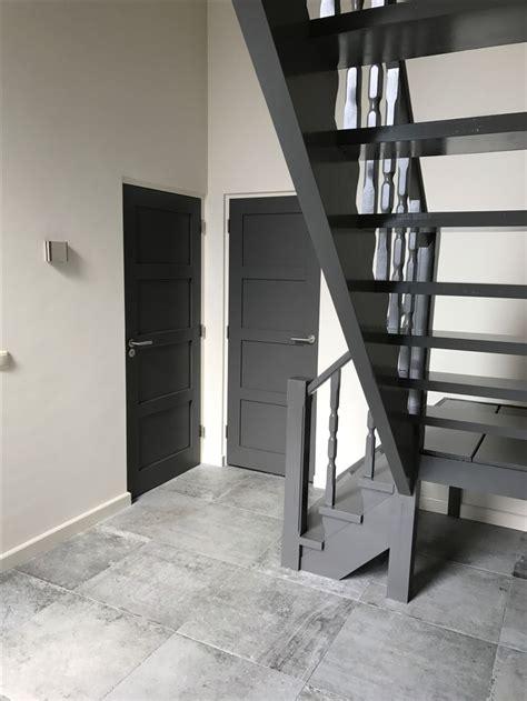 tuinhuis wit met grijze deuren 25 beste idee 235 n over witte kozijnen op pinterest boven